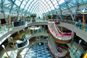 مركز تسوق برجمان في دبي