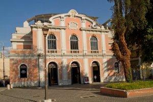 مسرح امبرا جوفينيلي في روما