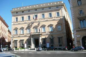 قصر فالينتي في روما