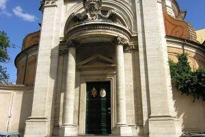 كنيسة سانتا أندريا في روما
