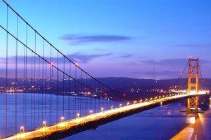 جسر البوابة الذهبية في سان فرانسيسكو