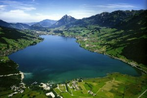 مدينة سارنين في سويسرا