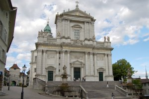 الكنائس في سولوتورن