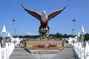 نصب النسر في لانكاوي - ماليزيا