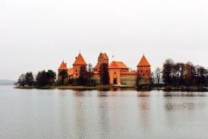 قلعة جزيرة تراكاي في ليتوانيا