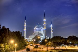 مسجد السلطان صلاح الدين بماليزيا