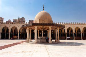 جامع عمرو بن العاص القاهرة