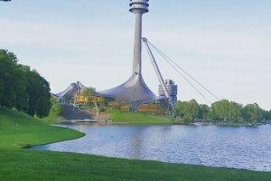 البرج الاوليمبي في مدينة ميونيخ ألمانيا