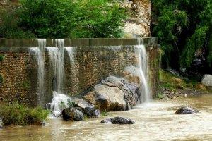 شلالات تنوف في سلطنة عمان