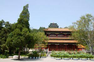 حديقة جينج شان في بكين الصين