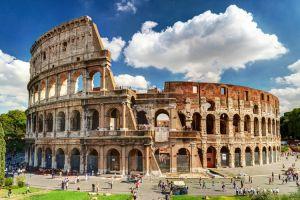 الكولوسيوم Colosseum في روما - ايطاليا