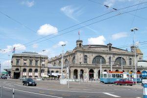 هاوبتباهنهوف - Hauptbahnhof في زيورخ - سويسرا