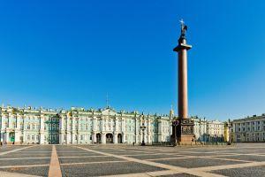 ساحة القصر في سانت بطرسبرغ
