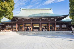 ضريح ميجي جينغو في طوكيو - اليابان