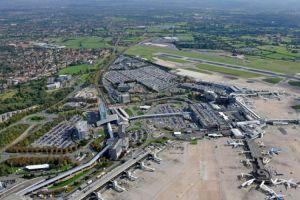 مطار مانشستر
