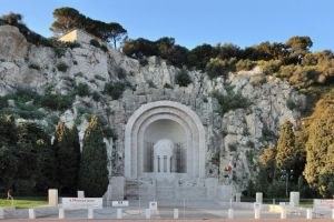 نصب تذكاري الحرب - Monument aux Morts في نيس