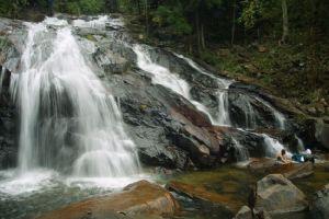 شلالات كوتا تينجي بجوهور - ماليزيا