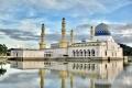 المسجد العائم في ماليزيا