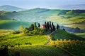 توسكاني إيطاليا