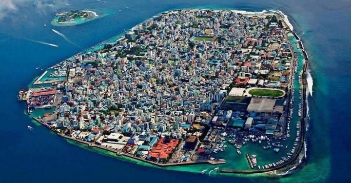 ما عاصمة جزر المالديف سائح