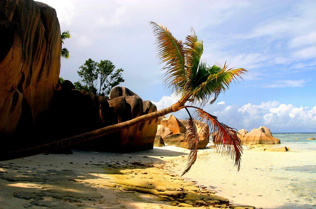 جزيرة لا دييغو في سيشل - سائح